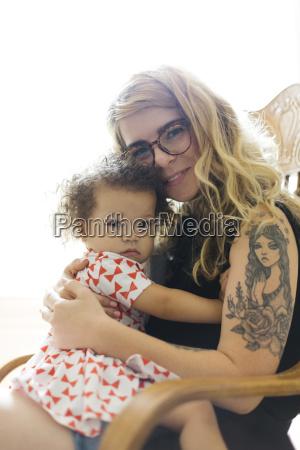 portraet af mor og datter 12