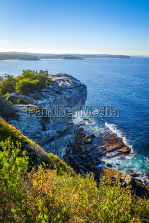 manly beach kystklinter sydney australien