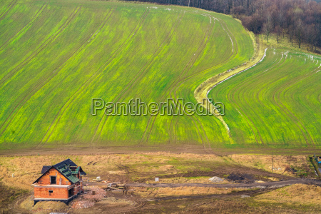 hus bygning landbrugsmaessig miljo trae traeer