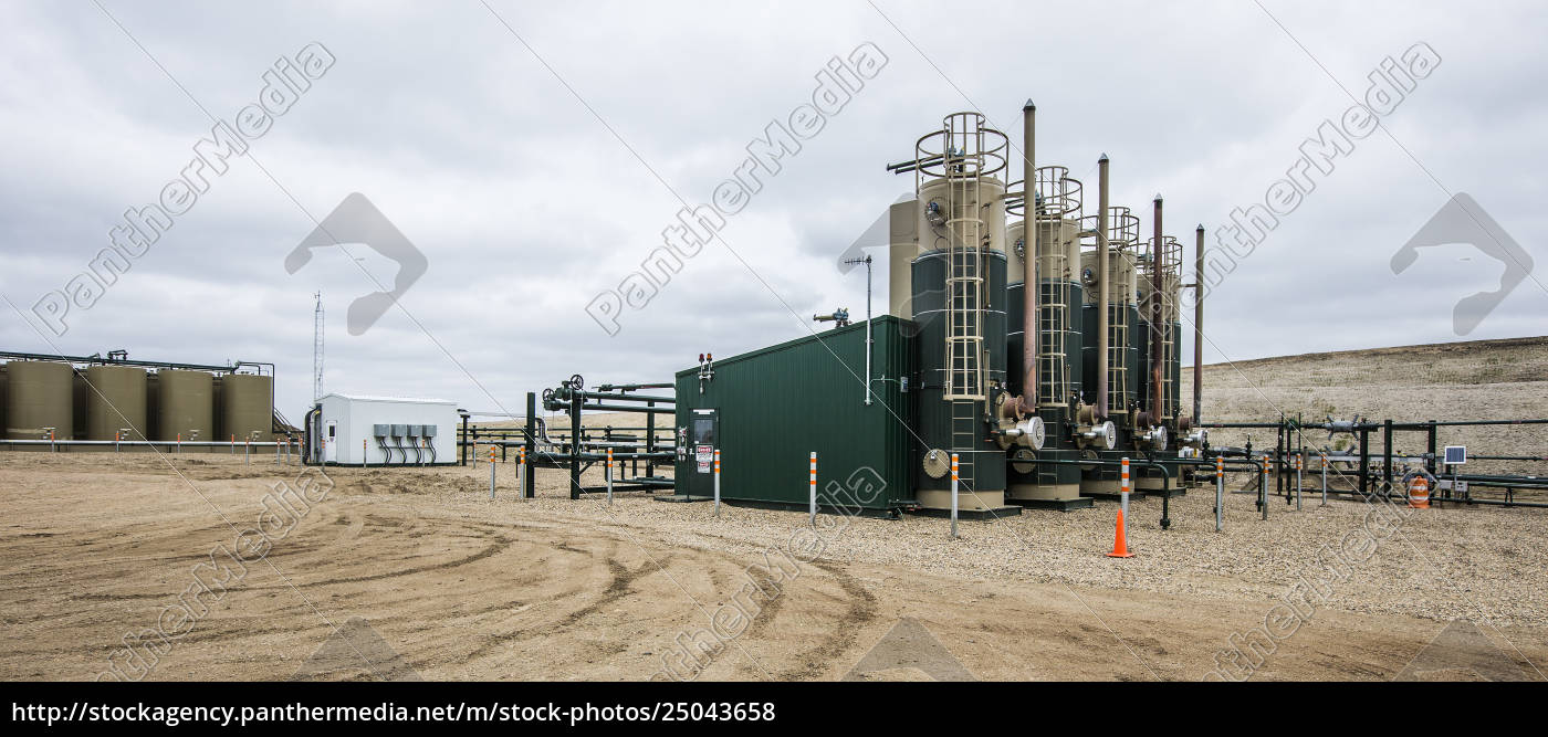 olieproduktion, platform, på, marken, på, fabrikken - 25043658