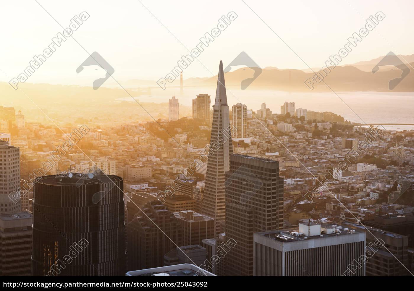 transamerica, pyramid, og, bybillede, under, solnedgang - 25043092