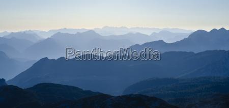 landlig bjerge alper ostrig dis afstand