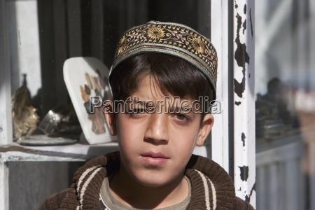 afghanischer junge in kabulafghanistan