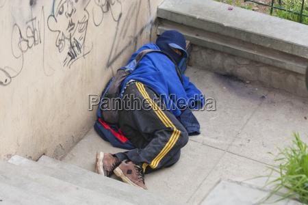 homeless shoe shine boy la paz