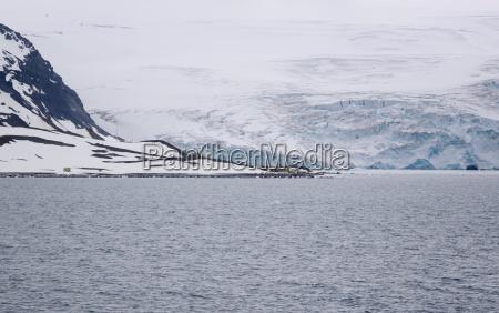 the comandante ferraz antarctic station
