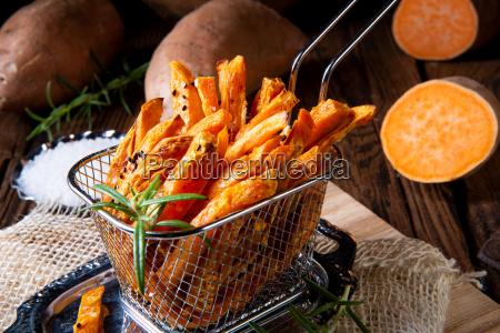 sprode sode kartoffelfries fra ovnen