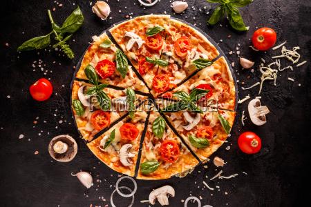 laekker italiensk pizza