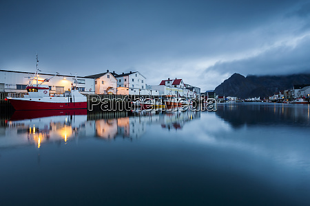 norway lofoten islands henningsvaer in the