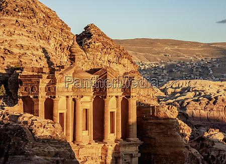 klosteret, (ad-deir), petra, unesco, world, heritage, site, ma'an, governorate, jordan, mellemøsten - 27050810