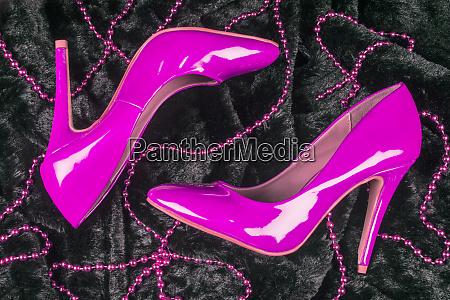 pink hoje haele sko