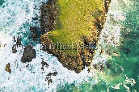 luftfoto af bare bluff sandy beach