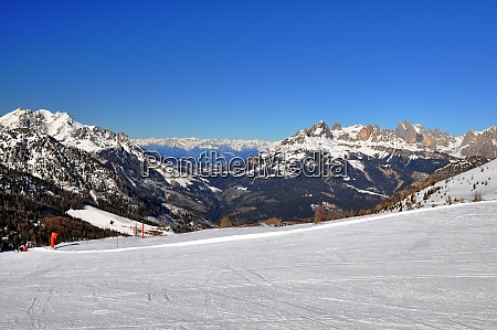 skiing, insouthern, tyrol - 28131842
