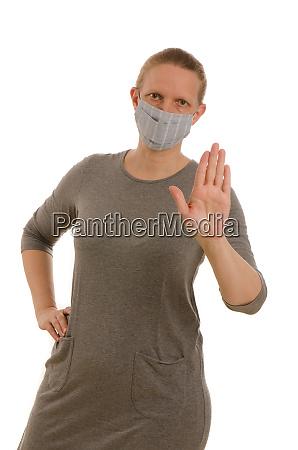 kvinde, med, mundbeskyttelse, og, maske - 28231688
