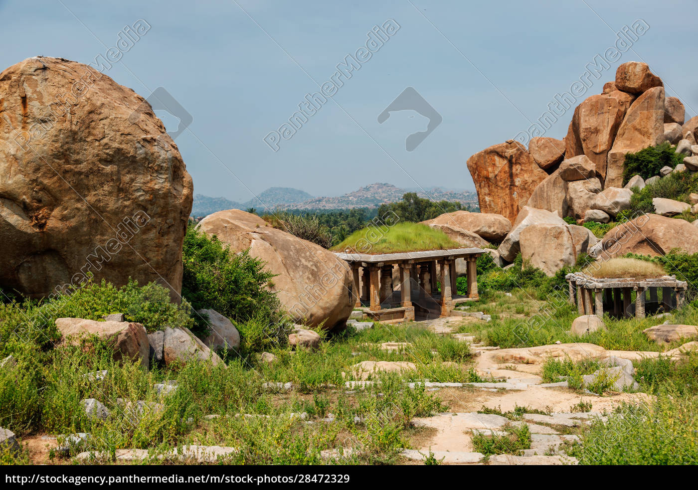 ancient, ruins, in, hampi, on, sunset. - 28472329
