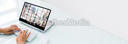 webinar opkald til onlinevideokonference