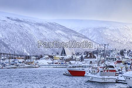 tromso lille badhavn fjord bro arktisk