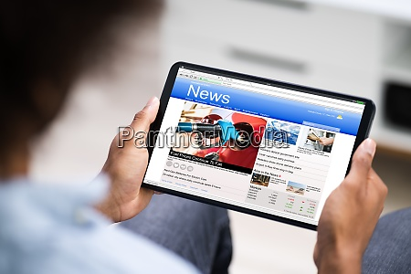 laesning af elektroniske nyhedsartikler