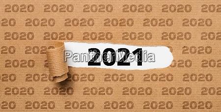 revet papir afslorer antallet 2021