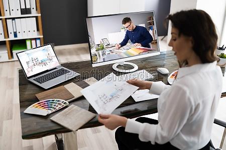 indretningsarkitekt online videokonferenceopkald