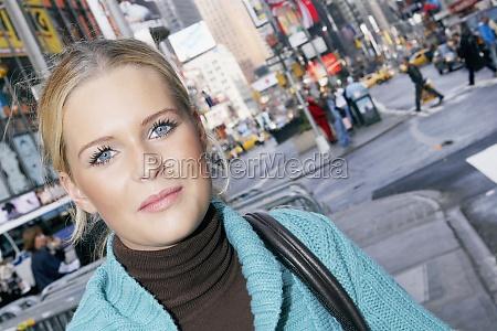 portræt, af, en, teenagepige - 29270512
