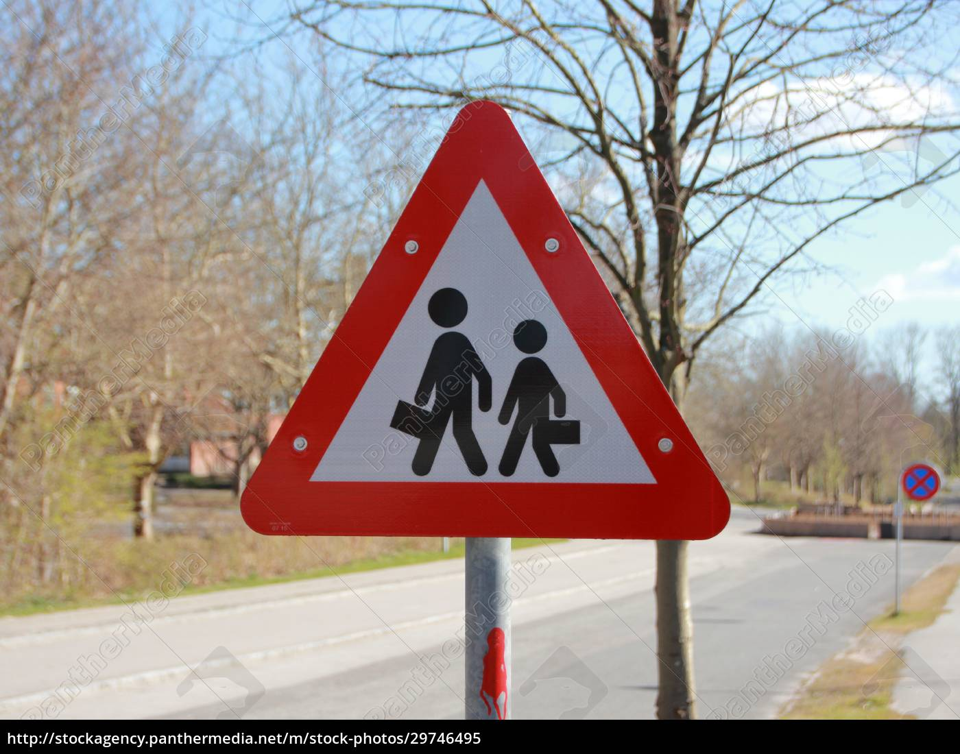 triangle, warning, road, sign, with, school - 29746495